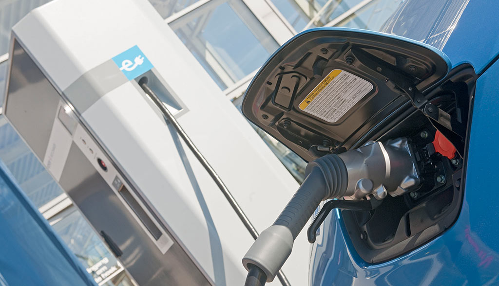 elektroauto-eroaming-eviolin-und-e-clearing-net-vernetzen-sich
