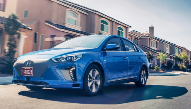 Hyundai-Stromer Ioniq kann auch allein fahren
