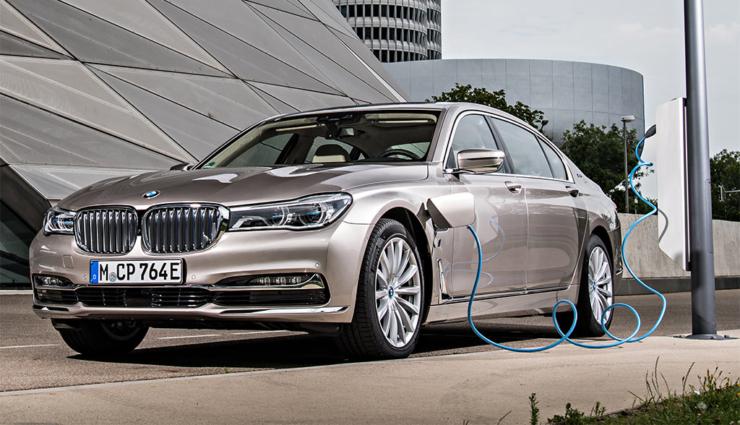 BMW-Finanz-Chef: Kaum ein Kunde will wieder zurück zum reinen Verbrennungsmotor