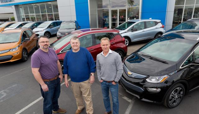 Chevrolets Elektroauto Bolt EV ist da – so wird er gebaut (Video)