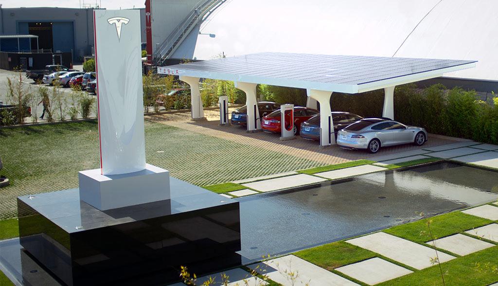 Tesla-Supercharger-Parkgebuehr