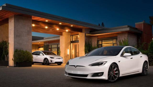 Tesla erneut führend bei Kundenzufriedenheit in USA