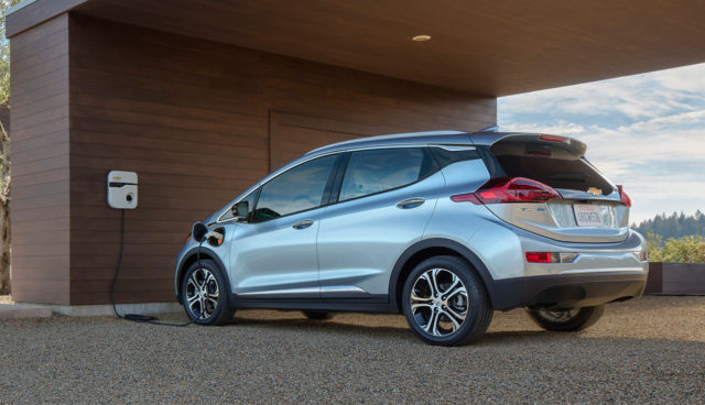 Wie General Motors Tesla bei Kompakt-Elektroautos zuvorkam