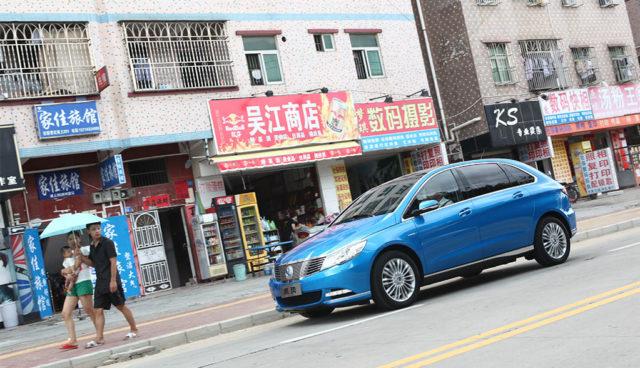 China–Eine-Million-Elektro–und-Hybridautos-zugelassen
