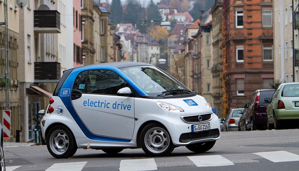 Elektroautos-in-Stuttgart–Die-Exoten-werden-stetig-mehr