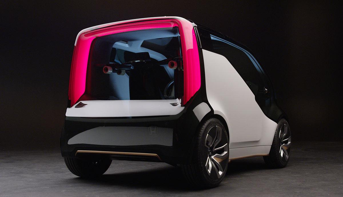 Honda-NeuV-Elektroauto-Minivan