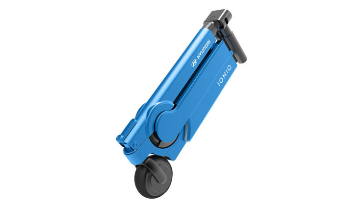 ioniq scooter hyundai stellt elektro roller f r die. Black Bedroom Furniture Sets. Home Design Ideas