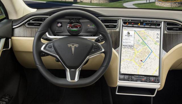 Tesla rollt verbesserte Autopilot-Version aus