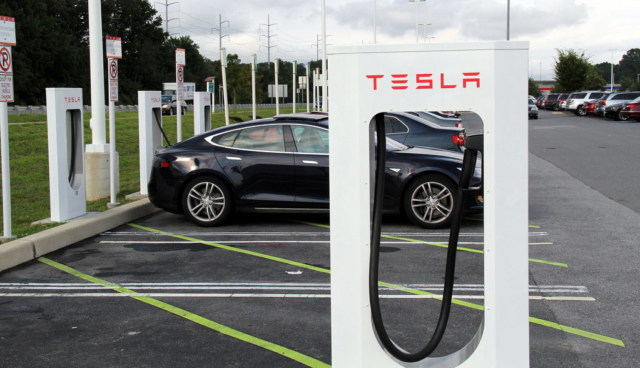 Tesla: Elektroauto-Lade-Flatrate noch bis 15. Januar erhältlich