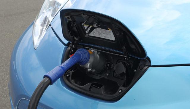 Thüringen: Flächendeckendes Elektroauto-Ladesäulennetz in Arbeit