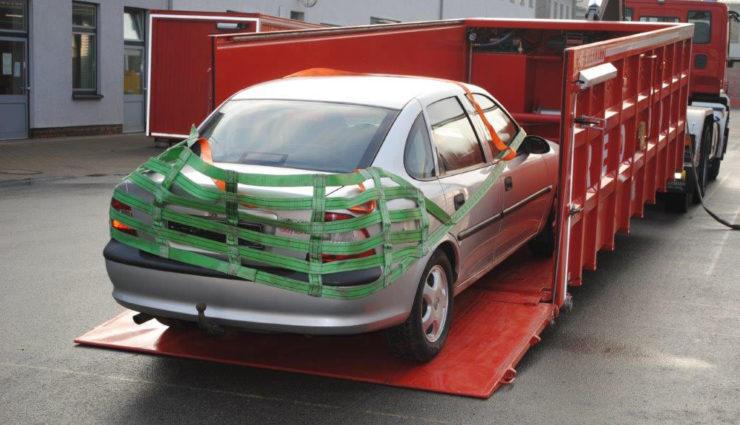 Elektroauto-Loesch-Container-Red-Boxx—4