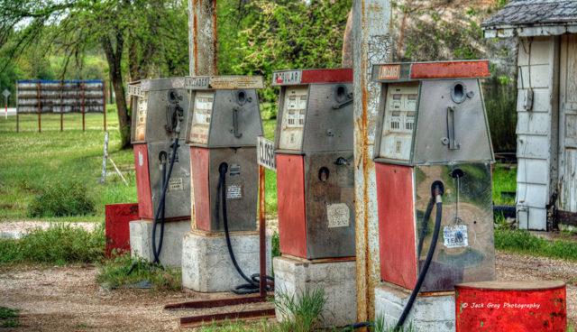 Ölmultis unterschätzen Elektroautos und Erneuerbare Energien