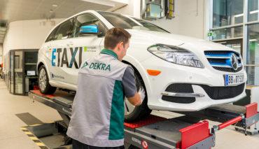 Elektroauto-Taxis–Regierung-legt-Eichverordnung-neu-auf
