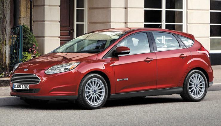 Neuer Ford Focus Electric fährt 225 Kilometer mit einer Akkuladung