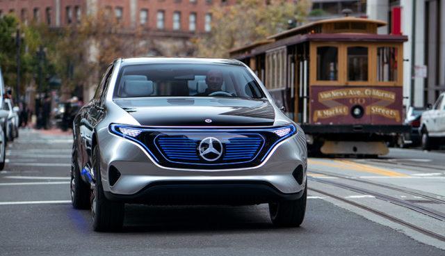 """Daimler: Wandel zum Elektroauto wird """"fließender Übergang"""""""