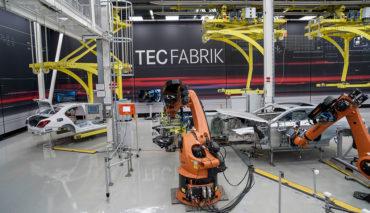 Mercedes-plant-Elektroauto-Kompetenzzentrum-TecFabrik