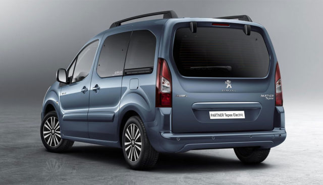 Neue Bilder: Peugeots kommender Elektroauto-Hochdachkombi Partner Tepee Electric