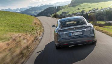 Tesla-Elektroauto-Versicherung