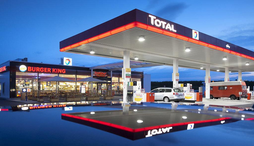Total-Tankstelle-Elektroauto-Ladestation
