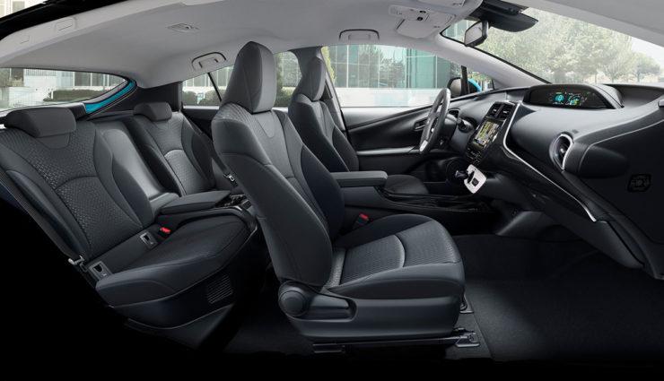Toyota-Prius-Plug-in-Hybrid-2017—16