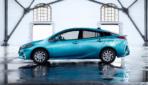 Toyota-Prius-Plug-in-Hybrid-2017---8