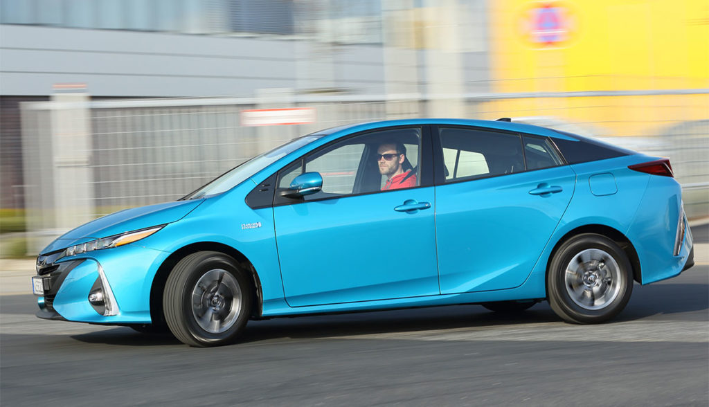 Toyota-Prius-Plug-in-Hybrid-7
