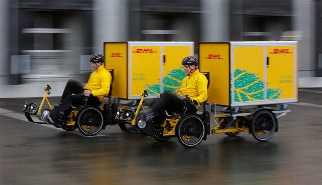 DHL testet elektrifizierte Lastenfahrräder mit Containerboxen in Frankfurt