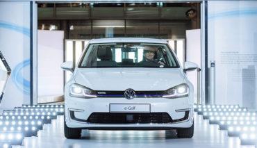 Glaeserne-Manufaktur-startet-Elektroauto-Produktion