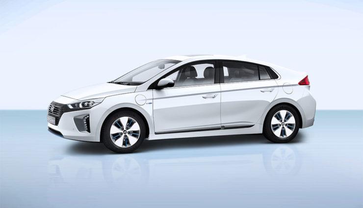 Hyundai-Ioniq-Plug-in-Hybrid—2