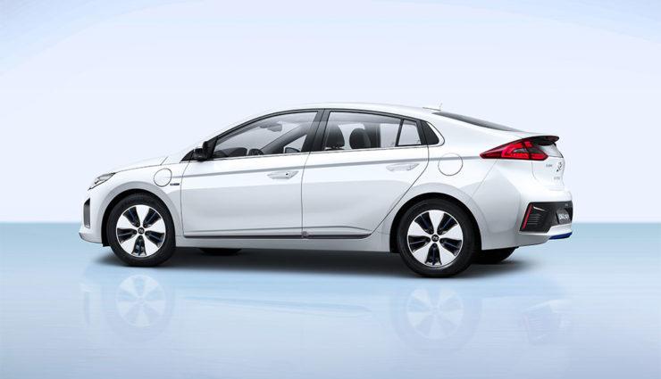 Hyundai-Ioniq-Plug-in-Hybrid—6