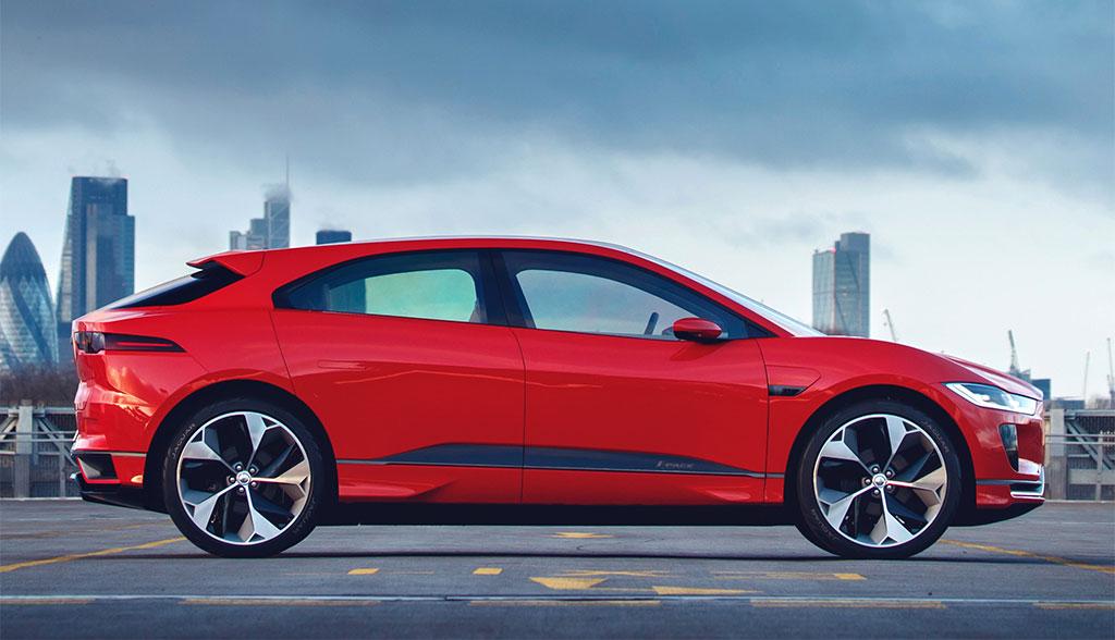 jaguar elektroauto i pace feiert europapremiere in genf. Black Bedroom Furniture Sets. Home Design Ideas