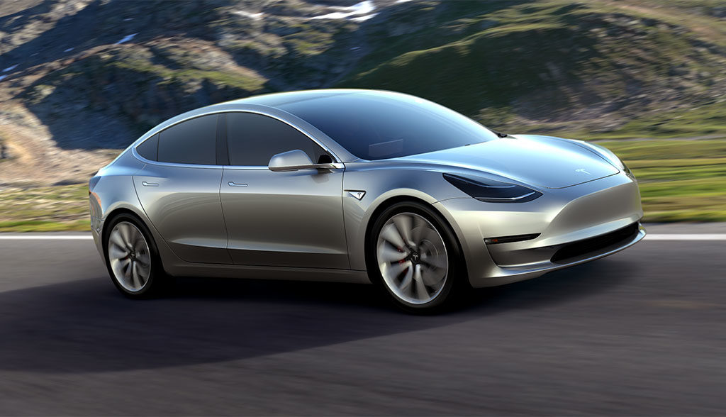 Tesla-Model-3-Head-Up-Display-Touchscreen-Innenraum