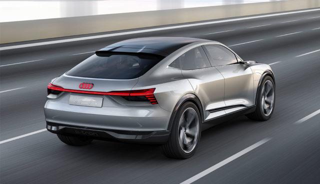 Audi-e-tron-Sportback-concept—11