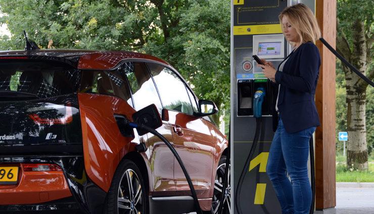 Elektroauto-Schnellladeanbieter Fastned expandiert nach Deutschland