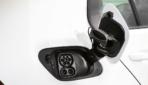 VW-e-Golf-Elektroauto-2017---17
