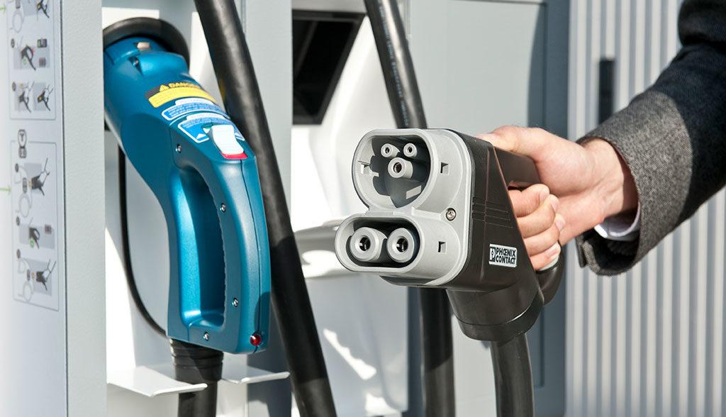 Bund-Elektroauto-Ladestationen-oeffentlich