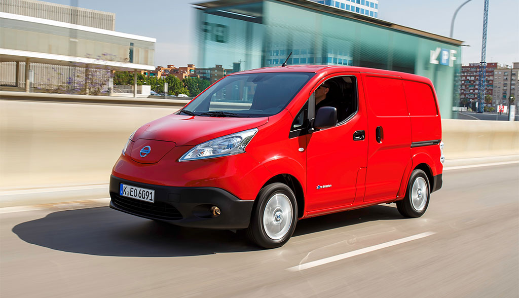 elektro transporter nissan e nv200 ab sofort auch mit. Black Bedroom Furniture Sets. Home Design Ideas