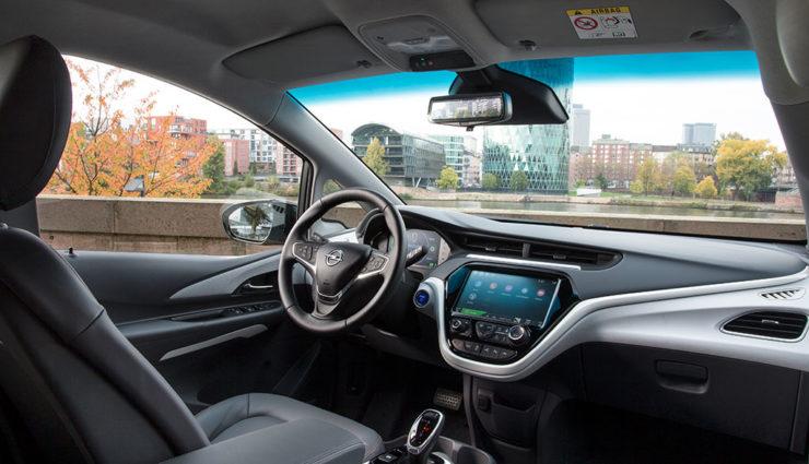 Opel-Ampera-e-2017–2