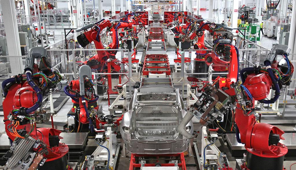 Tesla-Arbeitsbedingungen