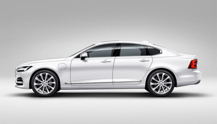 Volvo-S90-T8-Twin-Engine-AWD-2017-3
