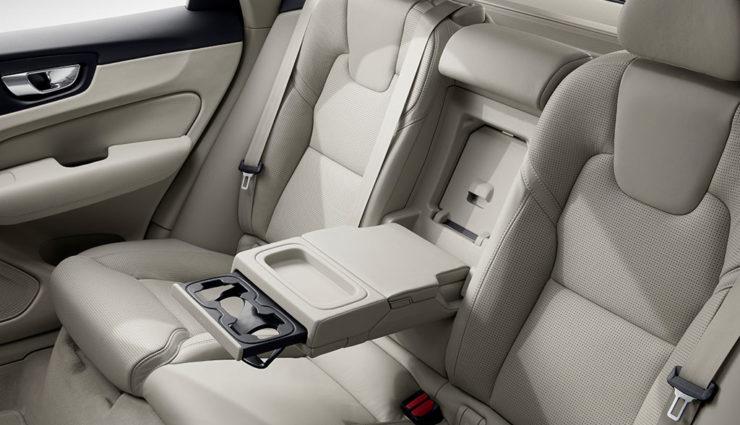 Volvo-XC60-Plug-in-Hybrid-T8-4