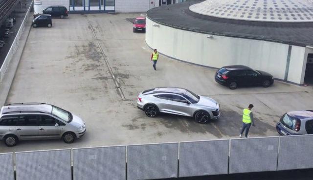 Audi-Elektroauto-e-tron-Sportback-concept-Video