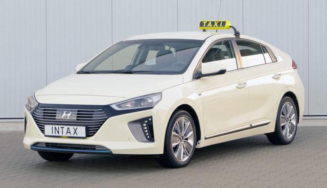 Elektroauto Hyundai Ioniq: Offizielle Taxi-Version ab sofort verfügbar