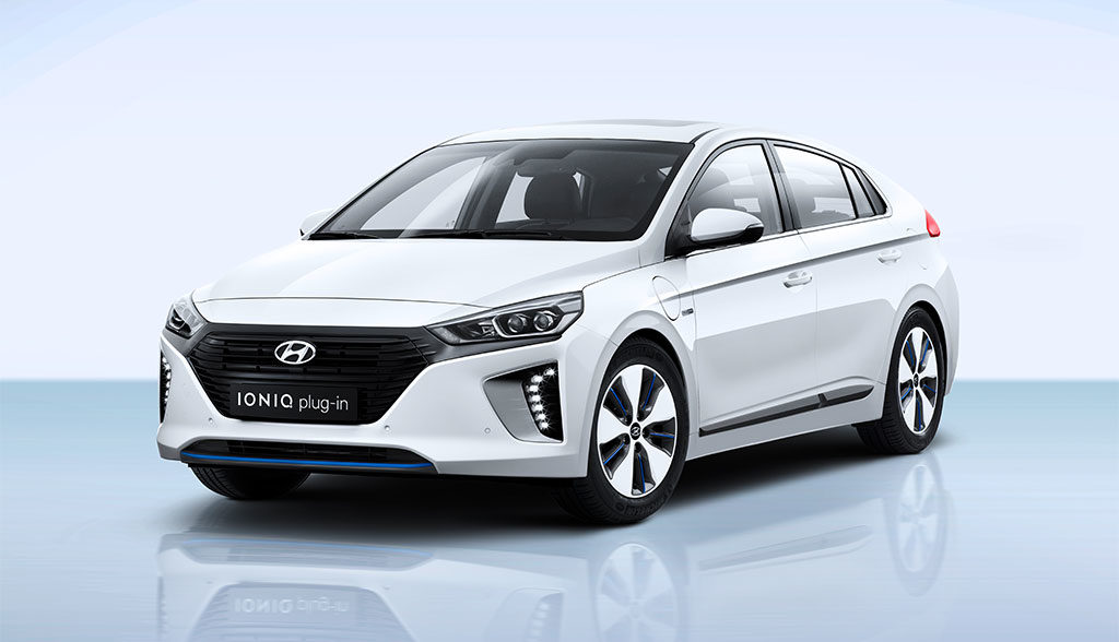 Hyundai-Ioniq-Plug-in-Hybrid-2017
