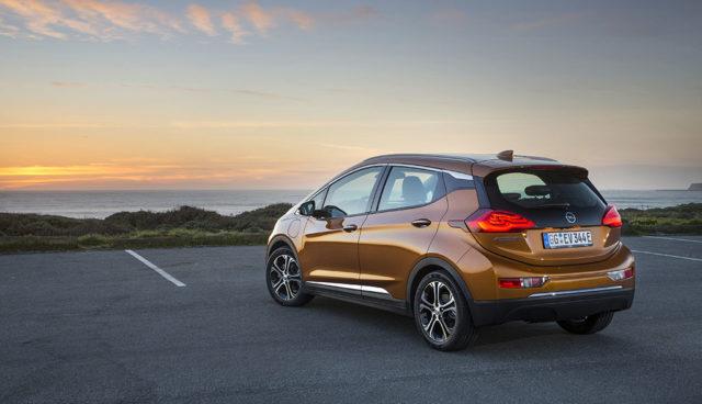 Opel-Chef Neumann: Rücktritt wegen fehlender Elektroauto-Perspektive?
