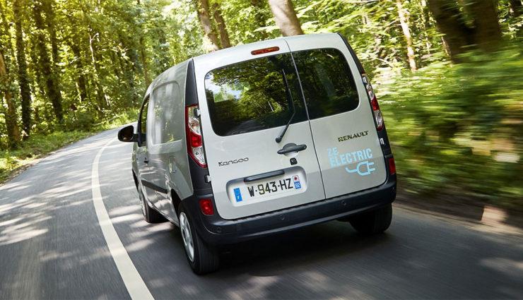 Renault-Kangoo-Z.E.-Elektroauto-Transporter-2017-3