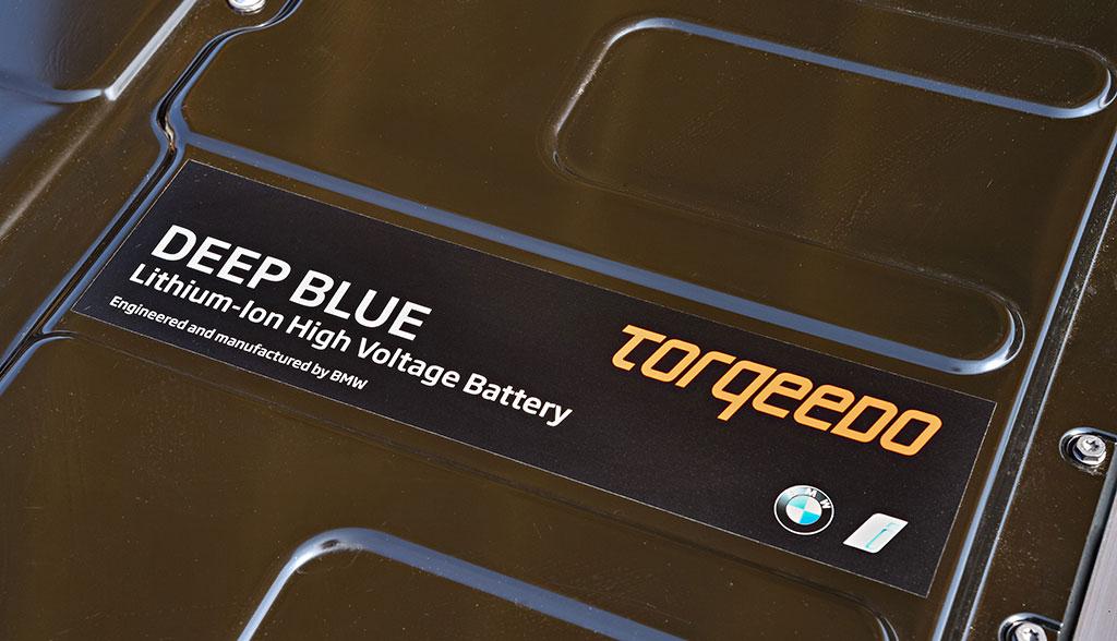 bmw liefert elektroauto akku f r wasser stromer von. Black Bedroom Furniture Sets. Home Design Ideas