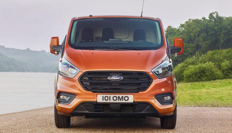 Ford-Transit-Custom-Plug-in-Hybrid-3