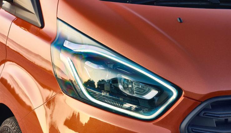 Ford-Transit-Custom-Plug-in-Hybrid-4