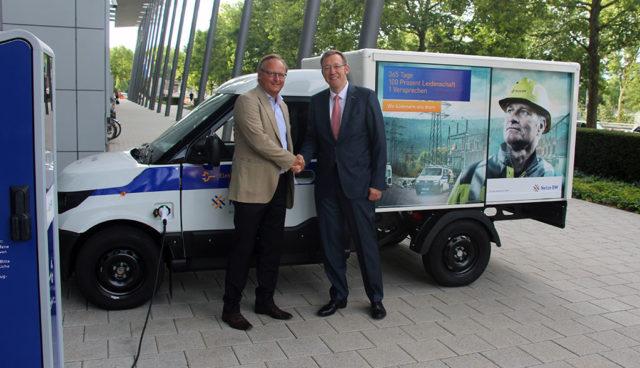 StreetScooter-NetzeBW-Elektroauto-Transporter